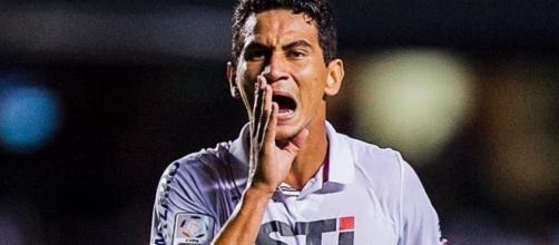 Ganso entra no lugar de Kaká para disputar a Copa América nos Estados Unidos