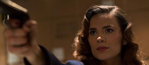 A atriz Hayley Atwell interpreta a protagonista da série 'Agent Carter'