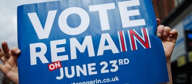 Ancora 3 settimane al referendum britannico per l'uscita dall'UE