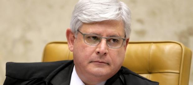 Janot pede prisão de Cunha, Renan, Jucá e Sarney