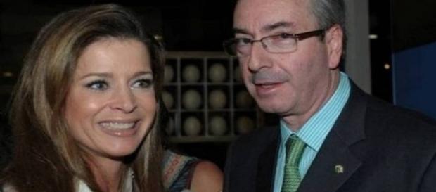 Jornalista Cláudia Cruz, ao lado de Eduardo Cunha, seu marido (Fonte: O Globo On-Line)