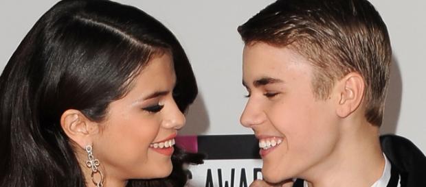 Selena está aproveitando o tempo longe de Justin