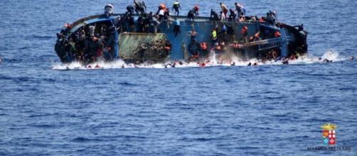 La mayoría de los que llegan por mar acaban falleciendo ahogados
