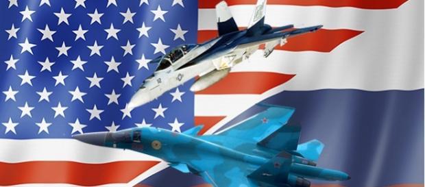 Avioane de vânătoare americane și rusești la un pas de conflict deasupra Siriei