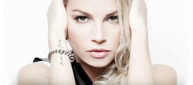 Dagospia indaga su Emma Marrone: è fidanzata, ma non con Borriello ...