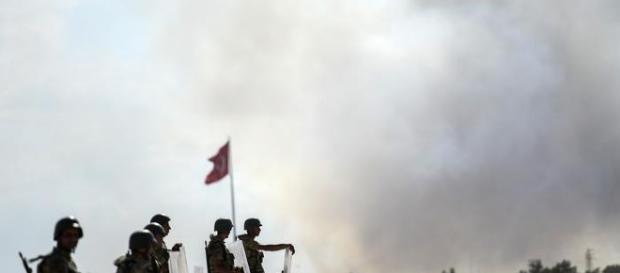Frontiera turcă este stropită cu sânge de refugiaţi