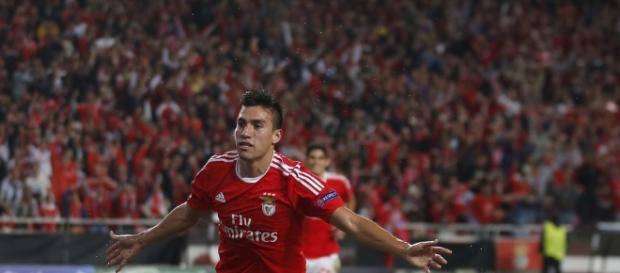 Jogador argentino Gaitán deixou o Benfica