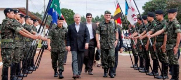 Michel Temer devolve poder retirado por Dilma aos militares