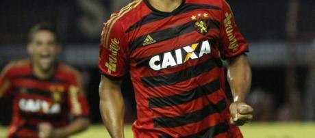 Diego Souza, o meia tem se mostrado um líder