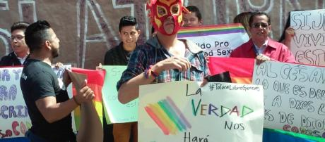 Las personas homosexuales exigen acceso al matrimonio