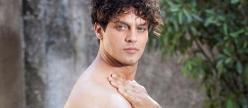 Gabriel Garko: «Io, nudo per Rodolfo Valentino» - VanityFair.it
