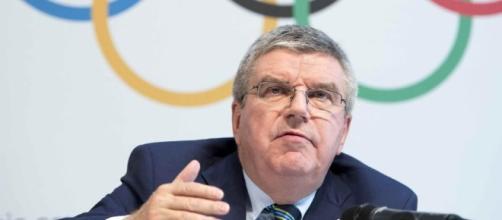 """Los atletas rusos que estén """"limpios"""" podrán competir en los JJOO de Río bajo la bandera del COI, según anunció su presidente, Thomas Bach"""