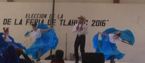 Tradicionales bailes en la feria de tláhuac