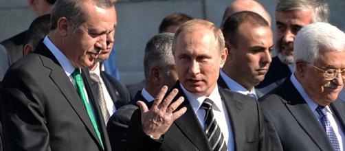 Il Predidente russo Putin durante una visita di Stato in Turchia