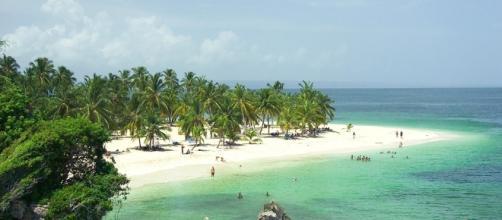 La Península de Samaná ofrece playas paradisíacas al turista