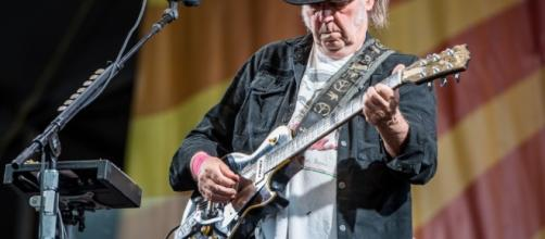 Neil Young: le foto del concerto a New Orleans - Foto - virginradio.it
