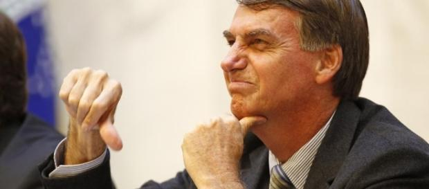 Após mais de 17 mil pedidos, Janot vai analisar fala de Bolsonaro ...