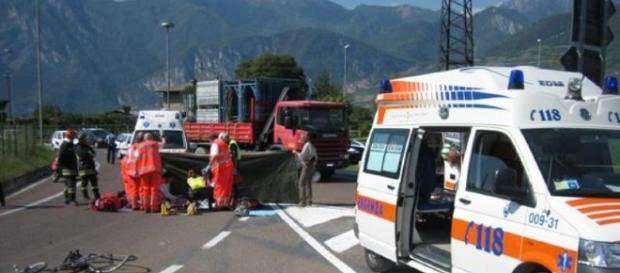 Drammatico incidente sulla SS106 in Calabria: un morto