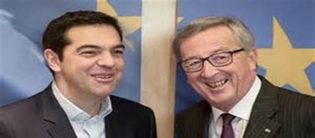 Il Primo Ministro greco Alexis Tsipras con il Presidente della Commissione Europea Juncker.