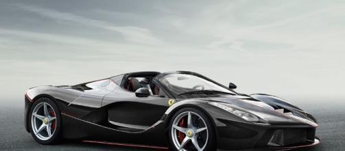 """Ferrari LaFerrari - """"Aperta"""" Foto ufficiali"""