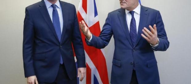 Czy Cameron i Tusk stracą teraz głowę?