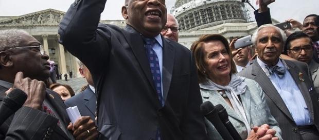 Los demócratas después de acabar la sentada