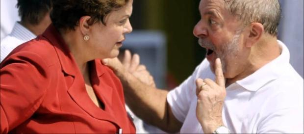 Lula e Dilma tentam buscar alternativas para a situação do PT