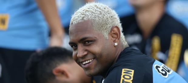 O jogador também teve passagens pelos clubes Atlético Mineiro, Bahia, Grêmio Barueri e São Caetano