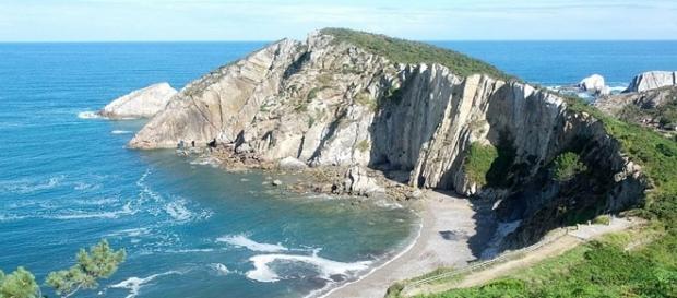 Playa del Silencio situada en Asturias