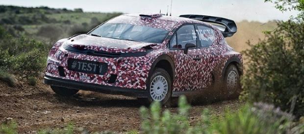 Versão desenvolvida para o Mundial de Rally foi a primeira do novo C3 a aparecer, revelando as primeiras indicações sobre o modelo
