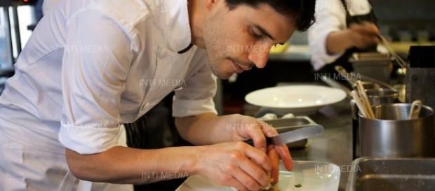 Virgilio trata de que cada platillo interprete la variedad y riqueza que existe en la gastronomía peruana