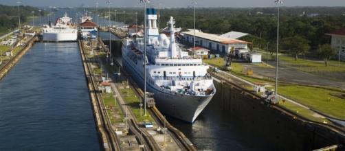 El Canal de Panamá se disputa el agua con el urbanismo y el cambio ...