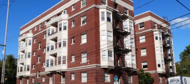 Apartments in Portland (Wikipedia)