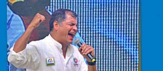El Presidente Rafael Correa de Ecuador, acaba de reforzar militarmente la frontera con Colombia