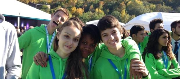 Jovens brasileiros ganham bolsas de até dois anos para estudar no exterior