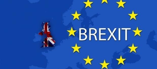 Pound Slumps Against Euro and Dollar as Poll Confirms Brexit ... - poundsterlinglive.com