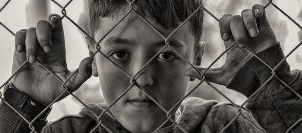 The Syrian refugees have been stuck up on the Jordanian border and are facing starvation like conditions. Courtesy pixabay.com.