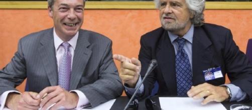 Nigel Farage e Beppe Grillo al Parlamento Europeo