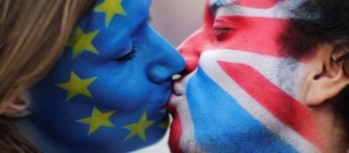 Ingleses contraatacan el resultado de Brexit