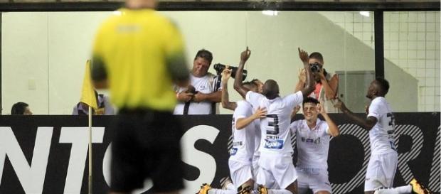 Santos jogou melhor e mereceu vencer