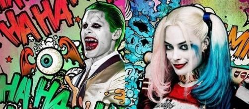Joker y Harley... reinona y friki