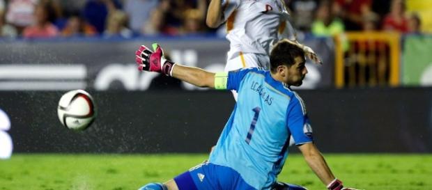 España se va a casa con una derrota merecida
