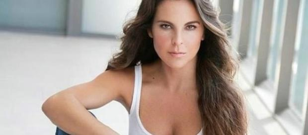 Kate é a protagonista da novela mexicana 'A Mentira'