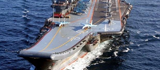 """Samoloty panowania powietrznego na lotniskowcu """"Admirał Kuzniecow"""" (MO Rosji)"""