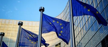 Prioridades y emergencias de Europa en 2015   Con acento hispano - blogactiv.eu