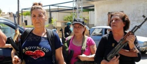 Ciudadanos de Líbano armados por la calle