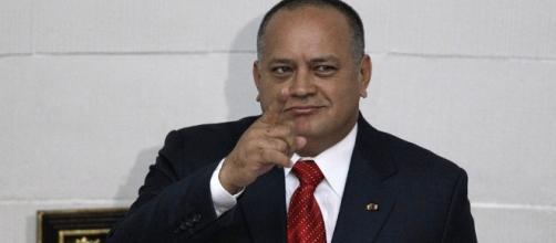 Hugo Chávez Y Su Familia Saquearon Las Riquezas De Venezuela Para ... - megaricos.com