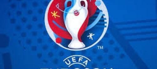 Il logo ufficiale degli Europei 2016