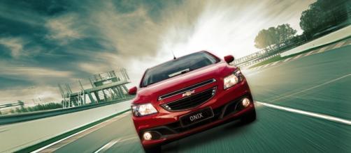 Líder nacional, Chevrolet Onix comemora alta de 6% nos seus emplacamentos, em junho