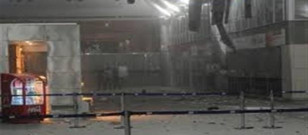 Atentado terrorista no aeroporto internacional de Istambul